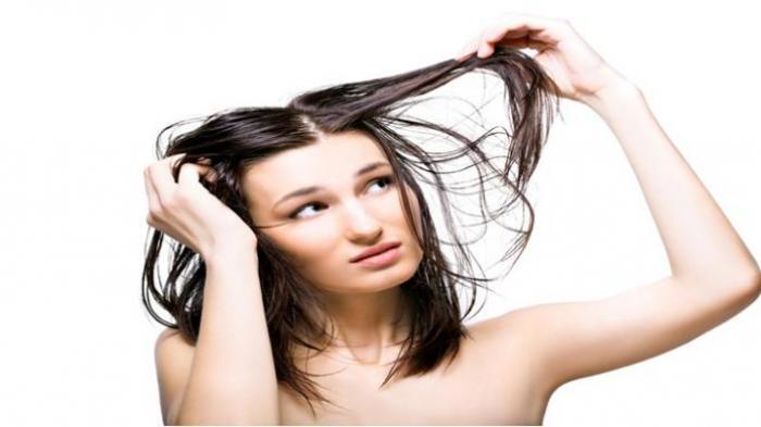5 Kebiasaan Buruk yang Bikin Rambut Tipis