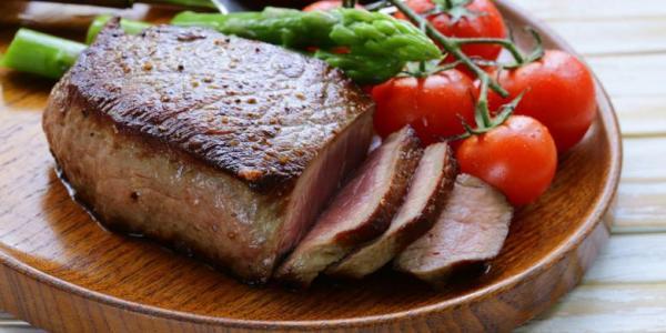 Kiat Aman Menyantap Banyak Daging saat Idul Adha
