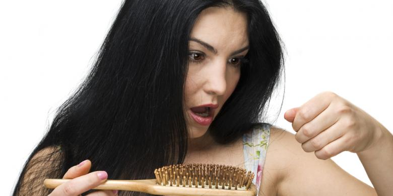 5 Penyebab Rambut Kering dan Rapuh Yang Perlu Anda Ketahui